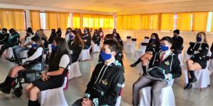 Alumnos del Liceo Mixto San Felipe regresan a clases presenciales bajo estrictos protocolos sanitarios