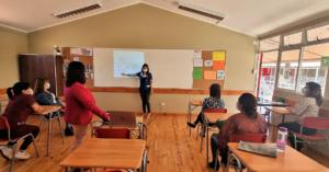 Mixto Básica 1 realiza talleres a la comunidad educativa para apoyar a sus estudiantes del espectro autista