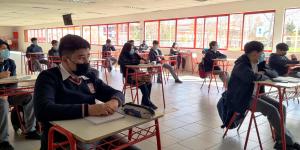 Bajo un estricto protocolo sanitario regresaron a clases estudiantes de enseñanza media y básica del Liceo Mixto San Felipe
